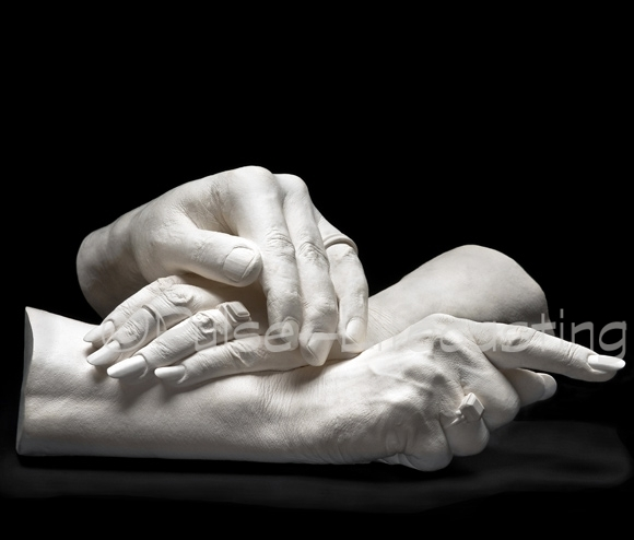 Family cast of 3 hands