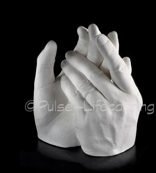Hands_DW2