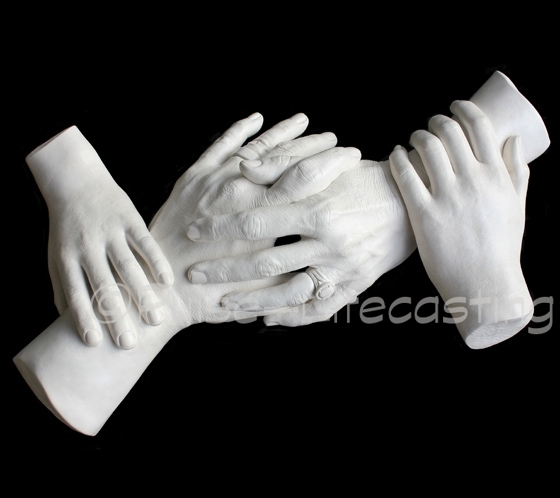 Family cast of 4 hands